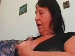 solo granny masturbating