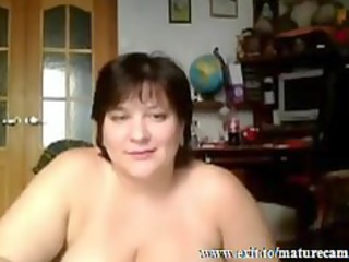 breasty housewife tessa 25 fingering at home