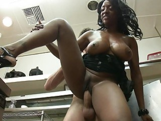 mega breasted ebony d like to fuck bonks in the