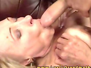 older gilf engulfing rod previous to pussysex