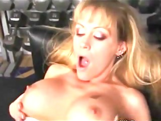 gym mother id like to fuck gets her snatch licked