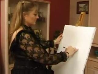 chubby aged blond is so thankful her art has