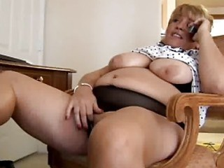 aged big beautiful woman fingering herself