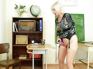 mother i teacher likes to masturbate after school