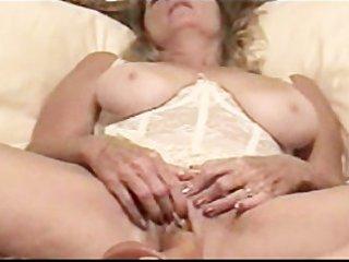 mama masturbate