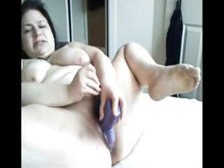plumper brunette hair mommy toys her bulky fur