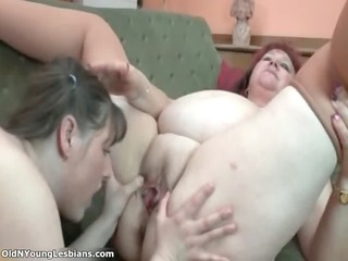 wicked corpulent wench gets her cookie licked