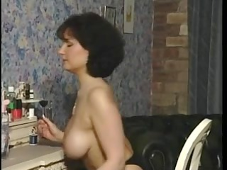 sexy dark brown busty mother id like to fuck