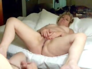reciprocal masturbation with my old wench