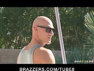 brunette mother i in bikini fucks pool chap