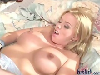 brittney is a concupiscent d like to fuck