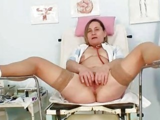 unpretty elder mama wears nylons and toys hersel