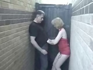 english mother i has a quickie in the alley !