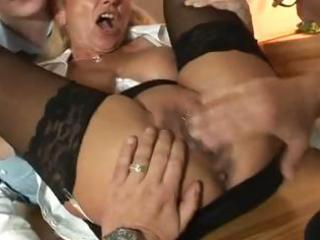 german milf in anal act with 5 boys