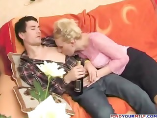 russian lustful aunty seducing cousin