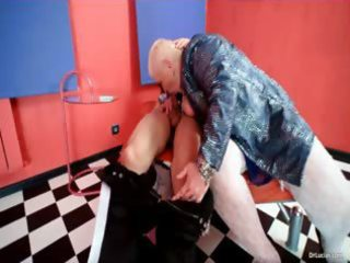 overweight d like to fuck slut doctor lucia blows