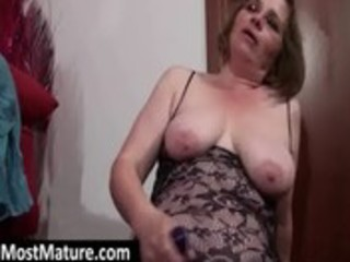 mother i lesbian babes toying snatches