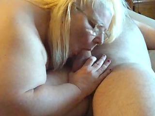 her engulfing a fresh frend