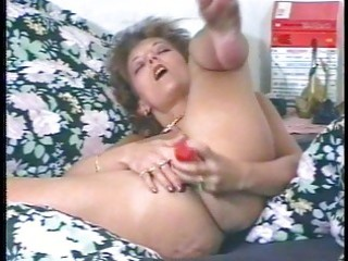 kinky mother i masturbates and uses big toy pecker