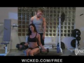 incredibly fit brunette d like to fuck seduces