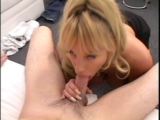 milf...the mama we have all want to fuck. she