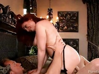busty redhead d like to fuck in stockings